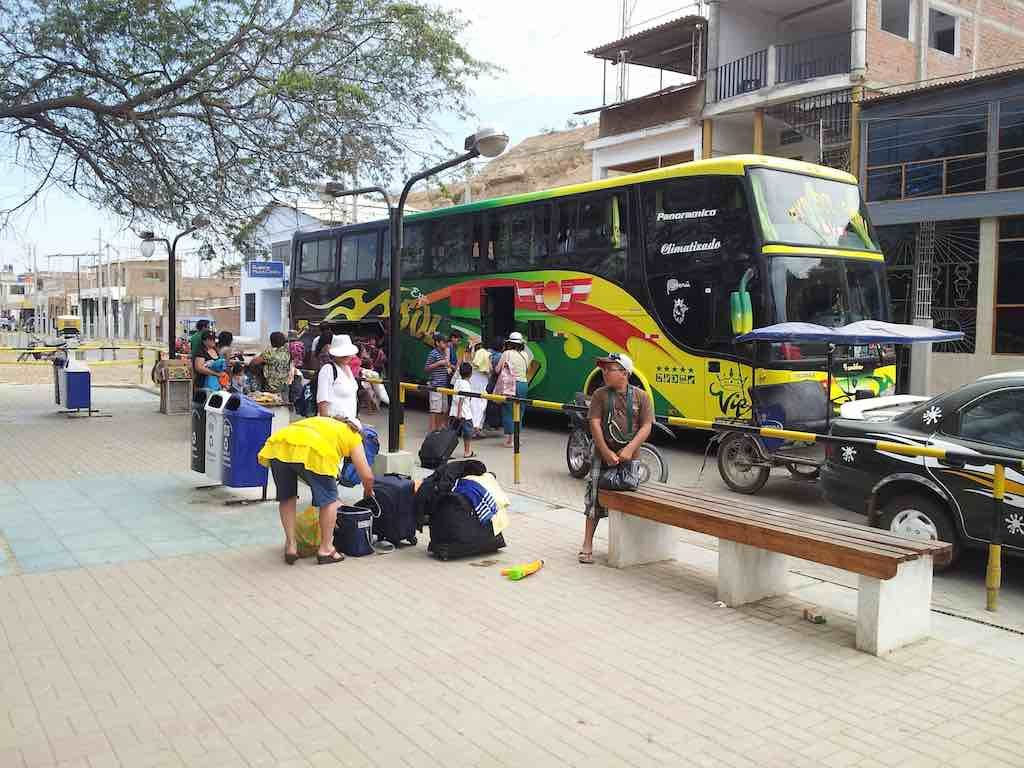 Mancora, Peru - Bus