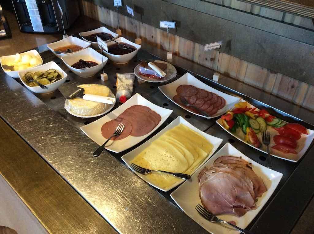 Hemavan, Sweden - Trolltunet Hotel Breakfast