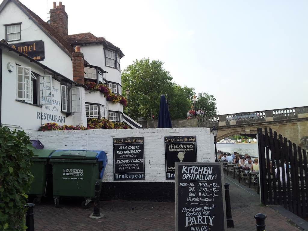 Henley on- Thames, United Kingdom - The Angel on the Bridge