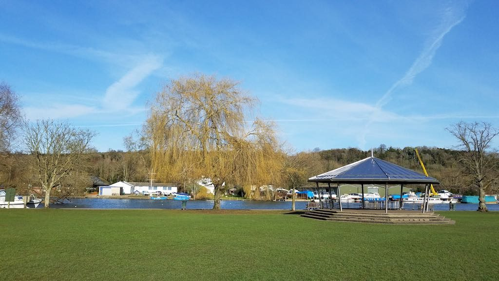 Henley-on-Thames, United Kingdom - The Red Lion Hotel - Mill Meadows
