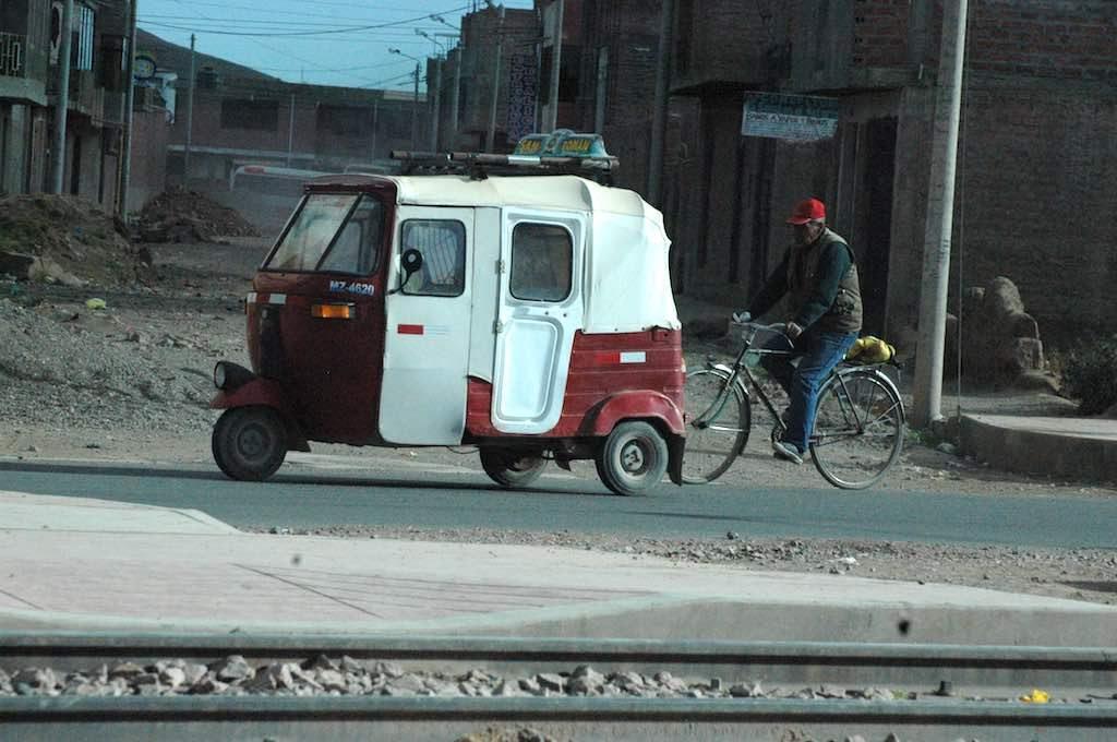 Puno Peru - Tuk Tuk