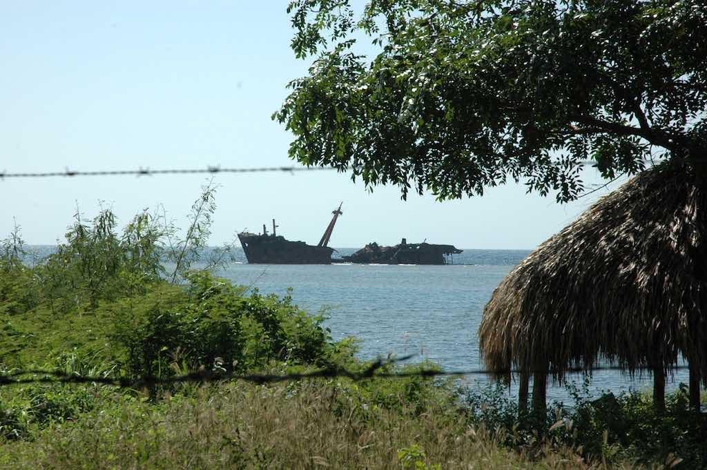 Roatan, Honduras - Shipwreck