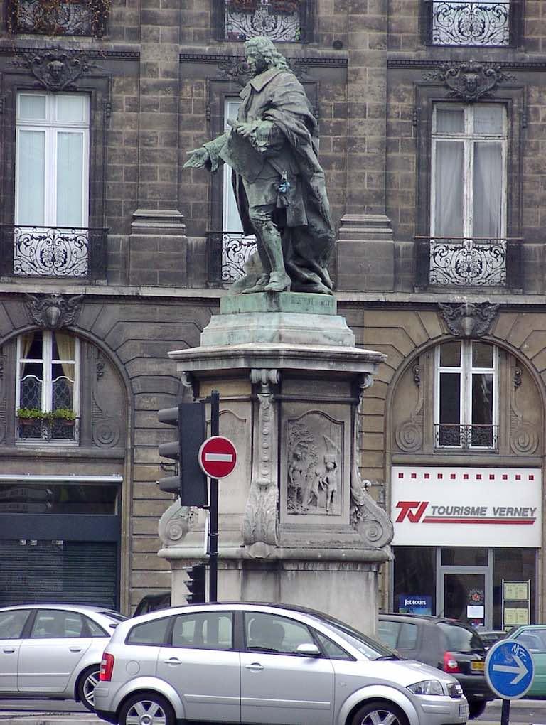 Bordeaux, France - Statue