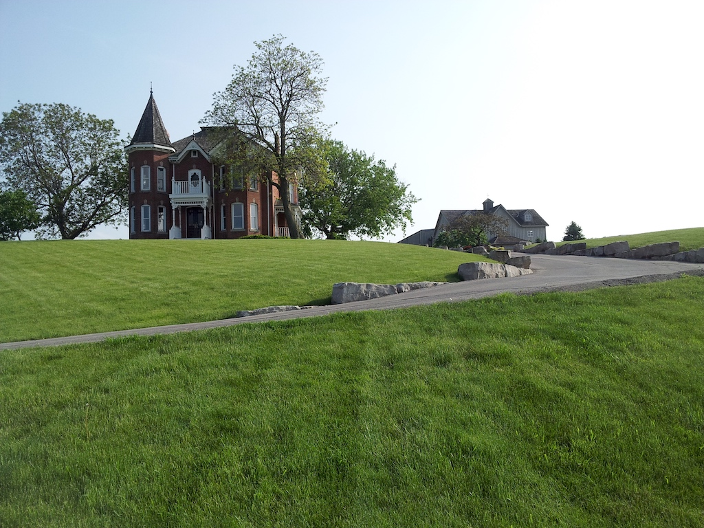 Peninsula Ridge Estates Winery, Ontario Canada - Victorian House