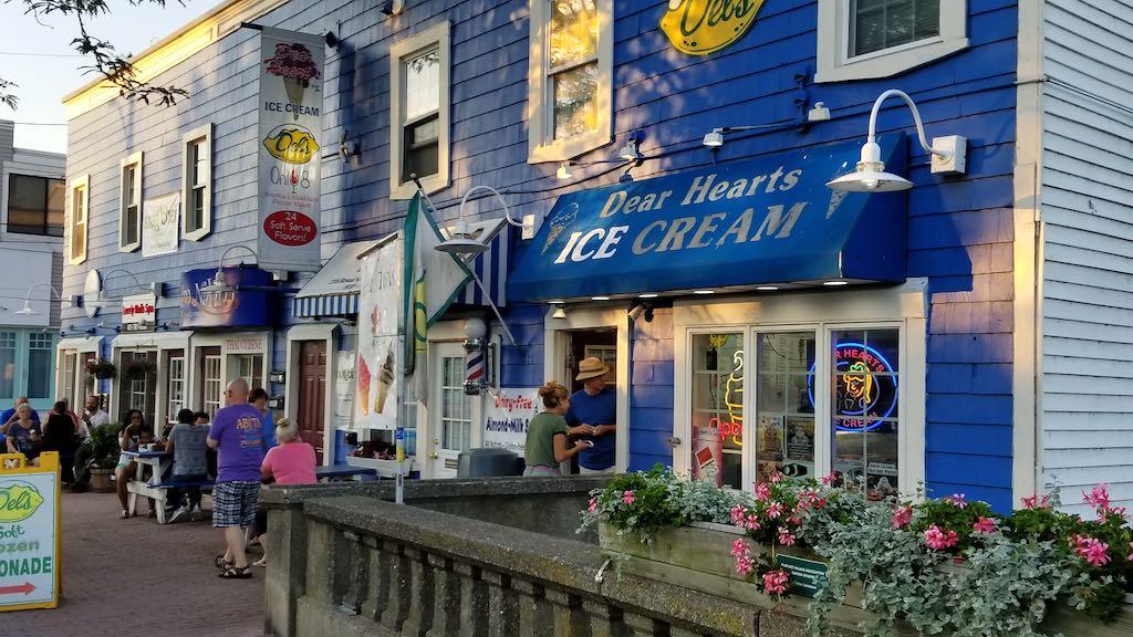 Pawtuxet Village, Rhode Island USA - Dear Hearts Ice Cream