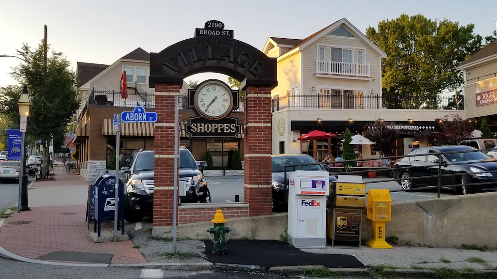 Pawtuxet Village, Rhode Island USA - Shoppes