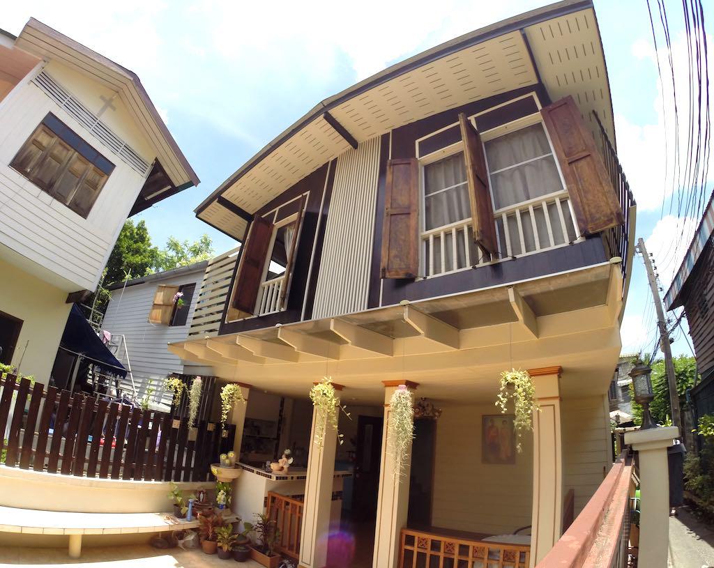 Thon Buri, Bangkok, Thailand - Homes