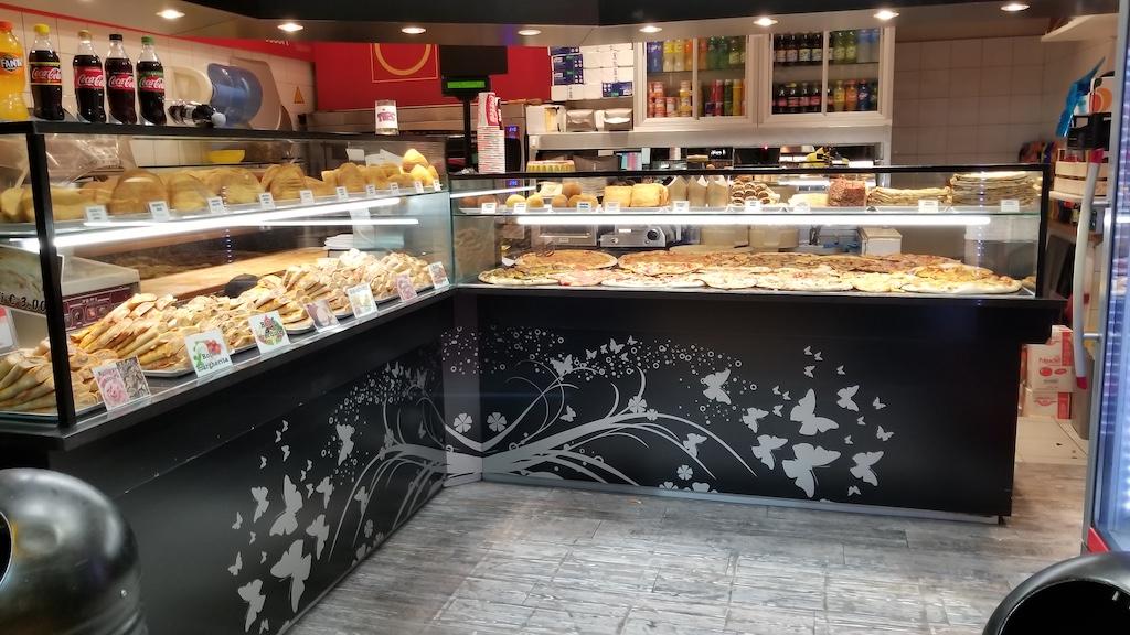 Bologna, Italy - Pizza Leggera